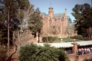 1991-Haunted-Mansion-from-Riverboat