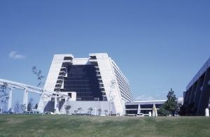 Contemporary Resort, '72 Style