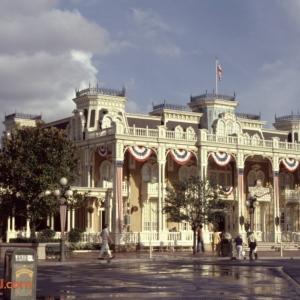 September 1975 A_10