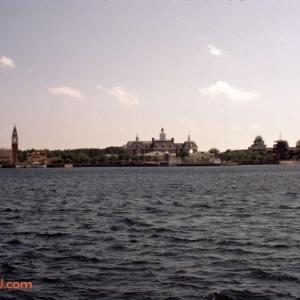 Lagoon 3 April_83