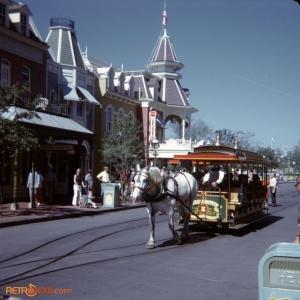 Trolley December 72