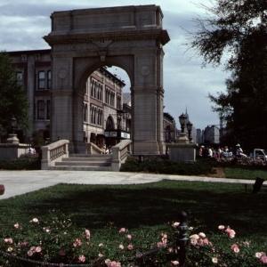 New York Street Arch