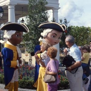 World Showcase American Dolls 1982