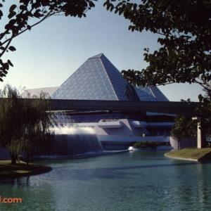 Epcot Center December 1989_31