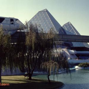 Epcot Center December 1989_32