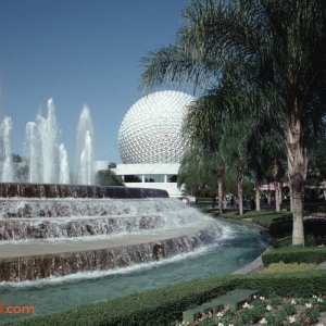EPCOT Center November 1992_16