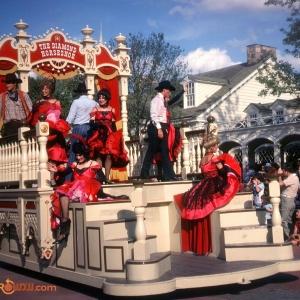 Diamond Horshoe Float Tencennial Parade 1982