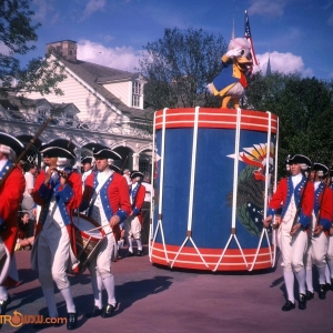 Donald Duck Tencennial Parade 1982