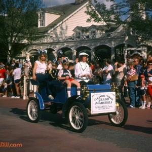 Grand Marshalls Bill Mikell family Tencennial Parade 1982
