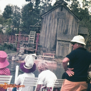 Heading to Tom Sawyer Island