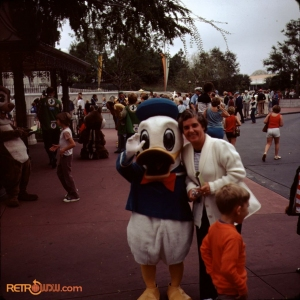 Donald Duck Nov 77
