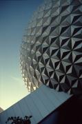 Spaceship Earth: Detail