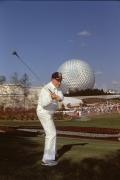 Bob-Hope-Golfing