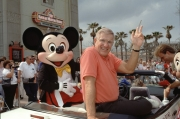 Jerry Van Dyke in a convertable with Mickey