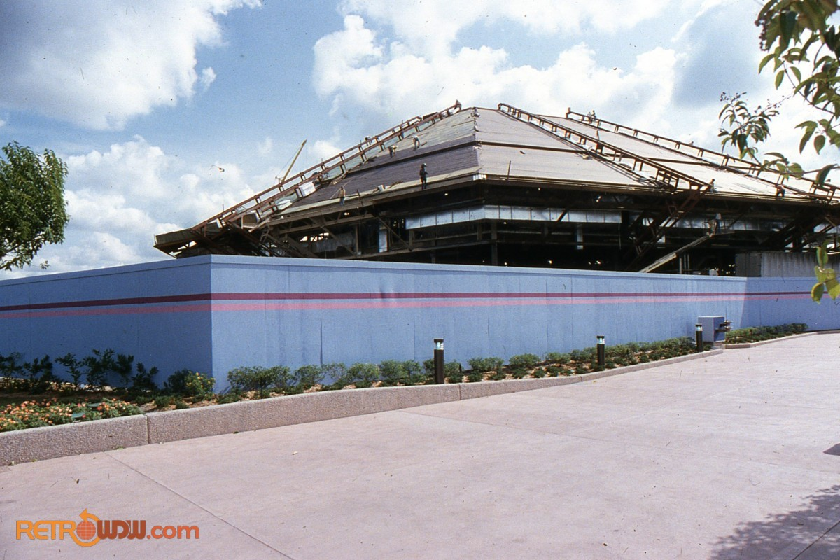 Early Horizons construction