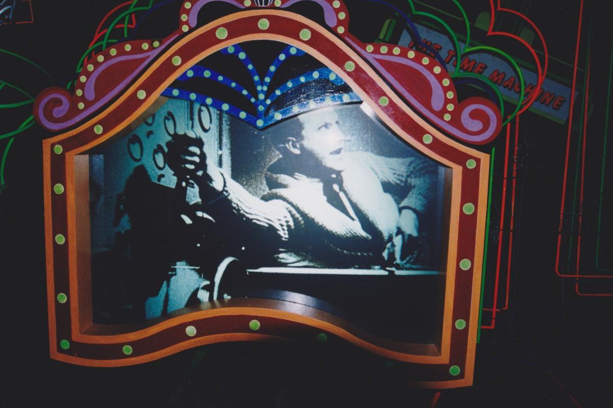 Neon City - Early Cinema