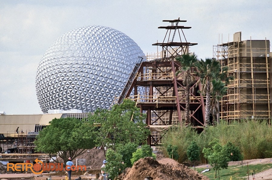 Mexico Pavilion Under Construction - May 1982