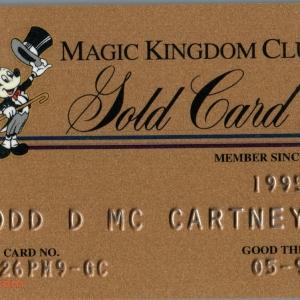 1999 Magic Kingdom Club Gold Card