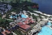 Hyatt-Grand-Cypress-Pool-and-Hemingways