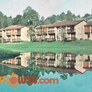 Club Lake Villas