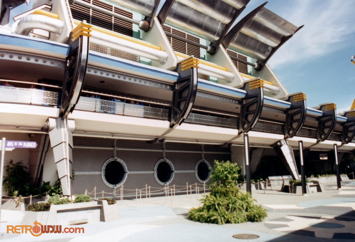 Brans Spanking New Tomorrowland Breezeway - 1994