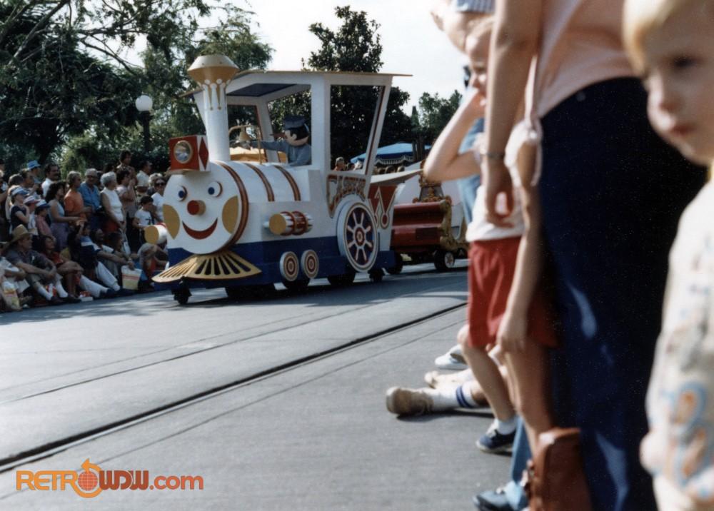 Dumbo's Circus Parade