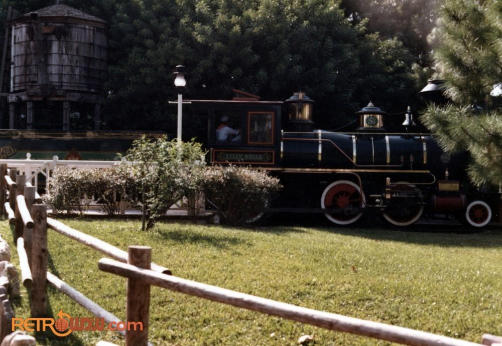 MK Train in Frontierland