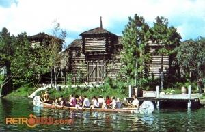 Frontierland Postcard