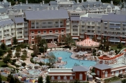 Boardwalk-Inn-Pool-Area