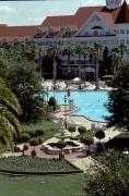 Grand-Floridian-Courtyard