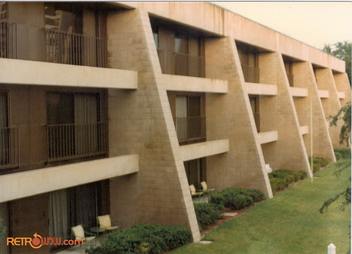 The Contemporary Resort - RetroWDW