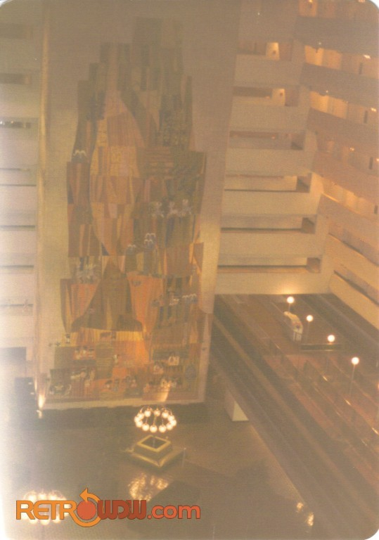 The contemporary resort retrowdw for Contemporary resort mural