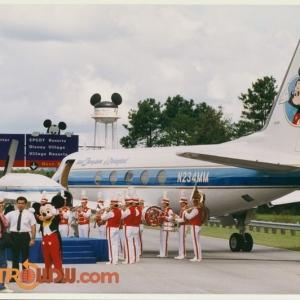 Walt's Jet on Highway