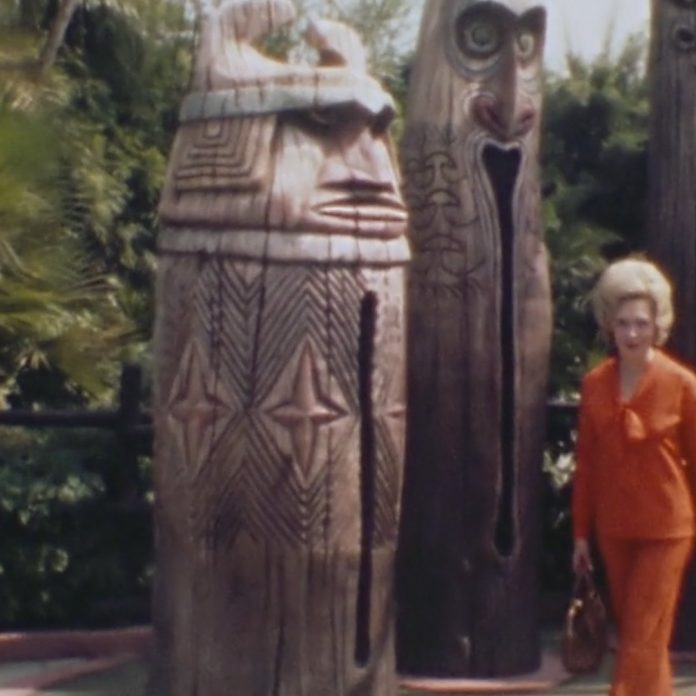 Magic Kingdom '74 Home Movie – Hawaiian Shirts, Totems and Parades