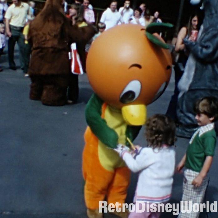 Holy Grail Found! Orange Bird meet and greet home movie from Oct '74