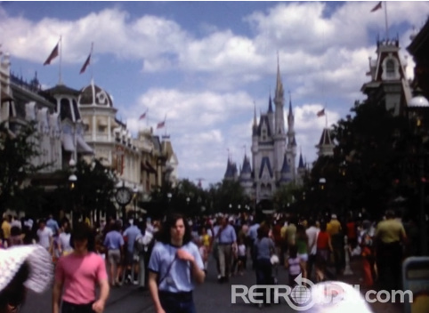 A crowded Magic Kingdom from 1972 – Home Movie