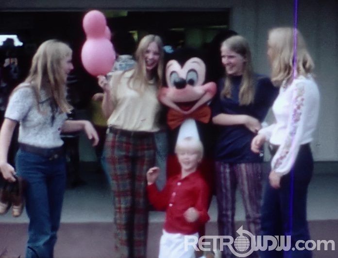 Magic Kingdom Meet & Greets – 70's Style – Home Movie
