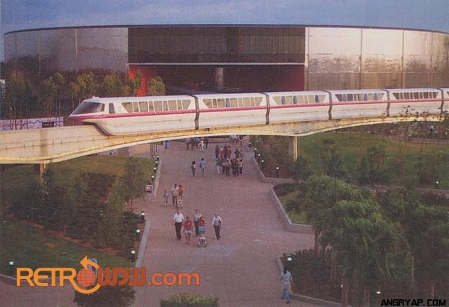 1991 Monorail Resort Loop – Front Seat